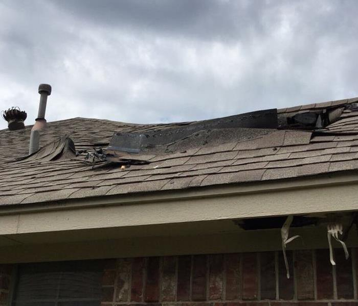 Fire Damaged Roof Causes Smoke and Water Damage In Dallas Home Before